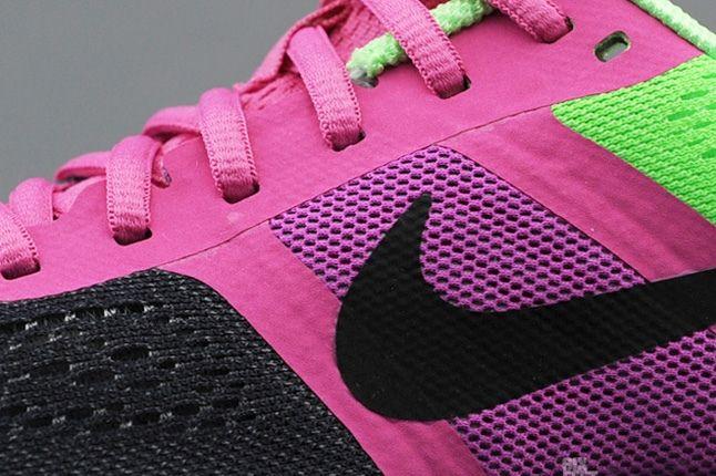 Nike Air Pegasus30 Green Pink Midfoot Detail 1