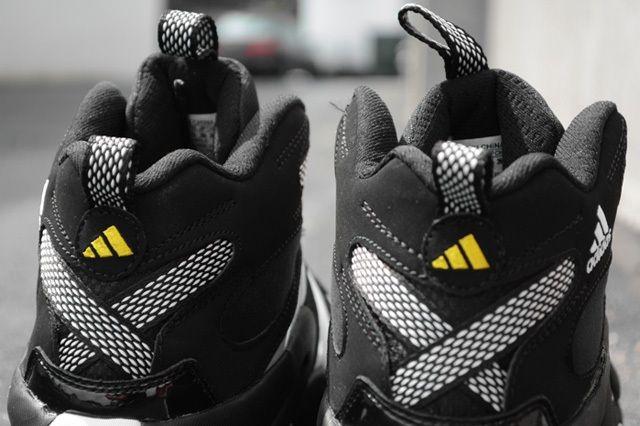 Adidas Crazy 8 Heel Detail