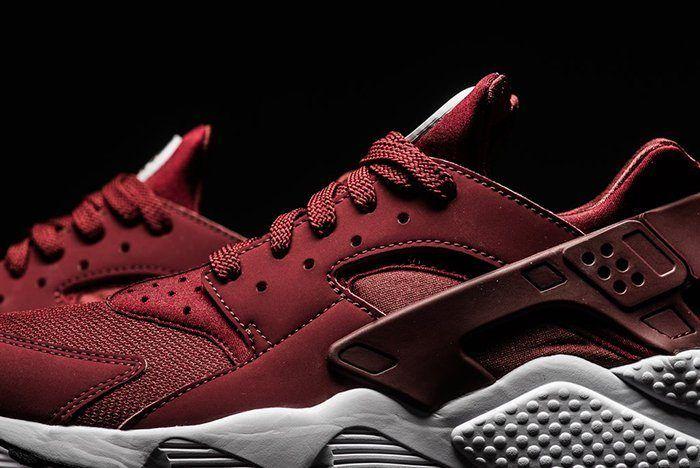 Nike Air Huarache Team Red 6