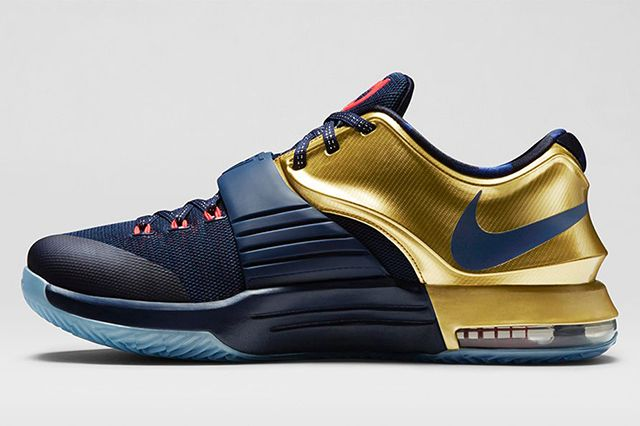 Kd 7 Premium Midnight Navy Bright Crimson Metallic Gold 6