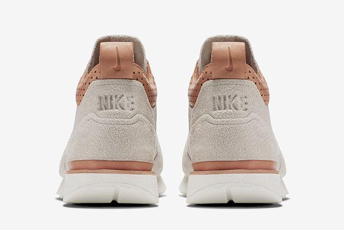 Nike Internationalist Mid Royal Sand 1