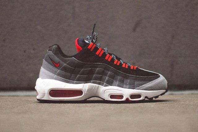 Nike Air Max 95 Chilling Red Bump 2