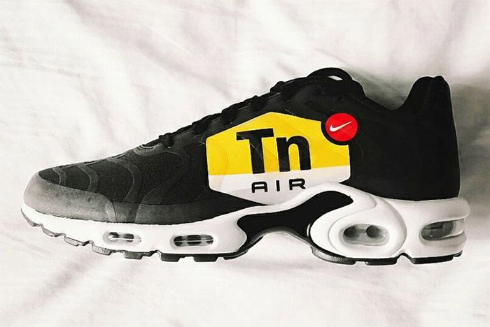 Air Max Plus Tn Logo Large