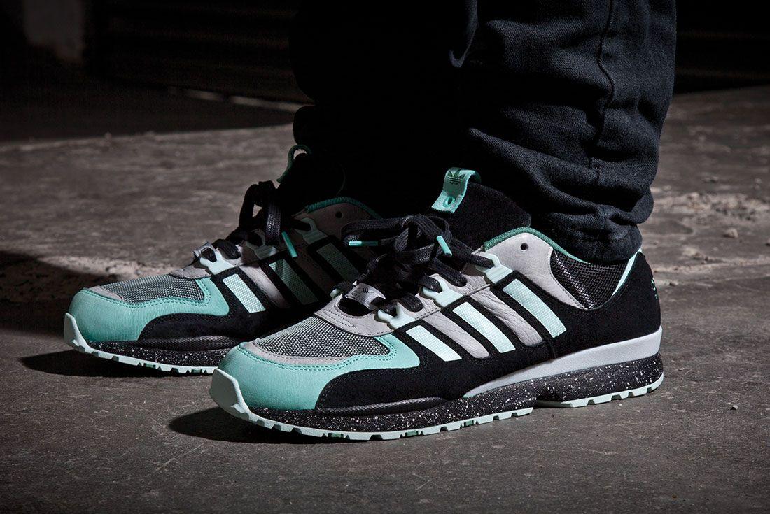 Integral Sneakerfreaker Onfoot