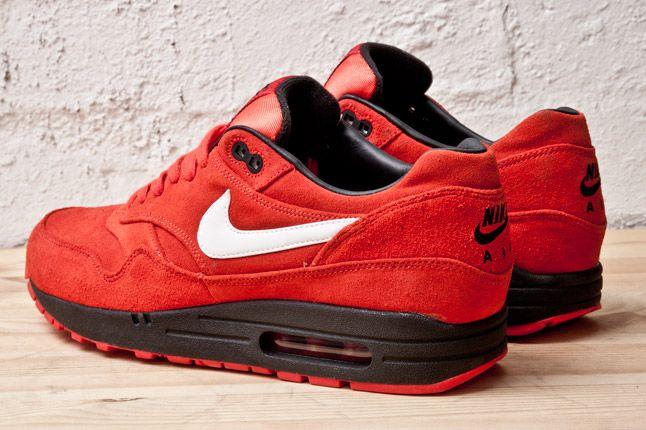 Nike Air Max 1 Prm Red Blk Heels 1