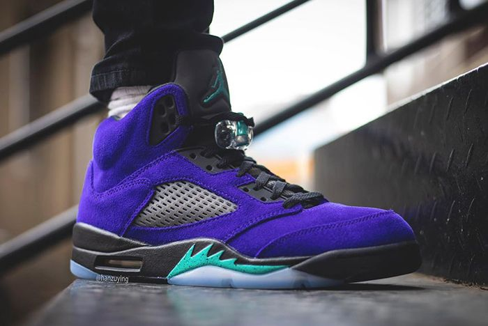 Air Jordan 5 Alternate Grape Side