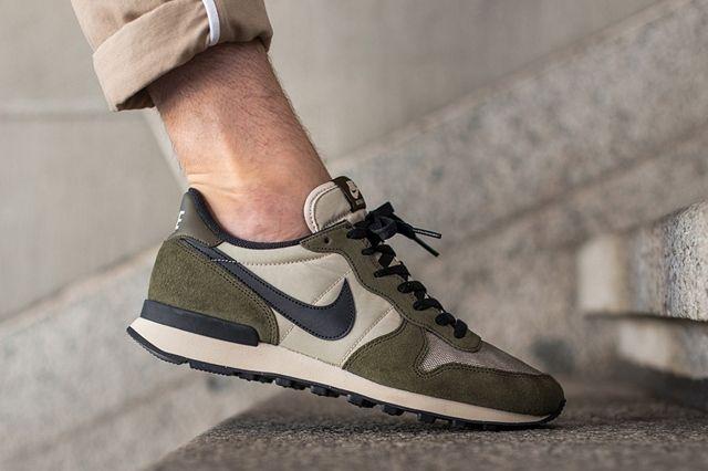 Nike Internationalist Dark Loden 3