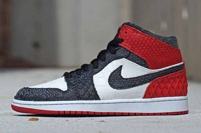 Jbf Customs Alligator Air Jordan 1 Black Toe Thumb