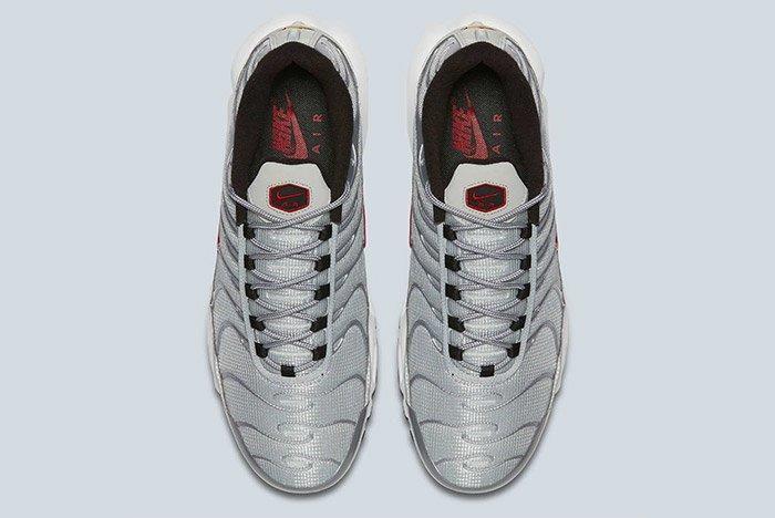 Nike Air Max Plus Silver Bullet Tn 1