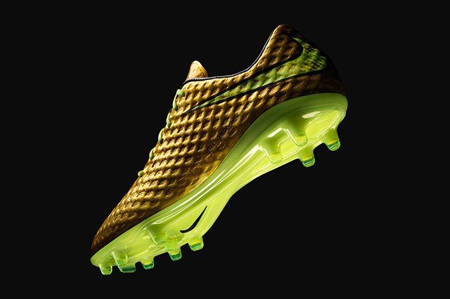 Neymar Jr Nike Gold Hypervenom Special Edition