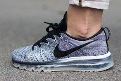 Nike Flyknit Max Oreo Knit Thumb