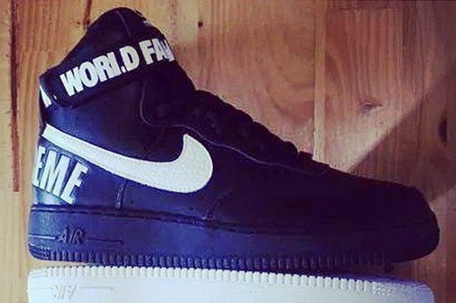 Supreme Nike Air Force One High Black