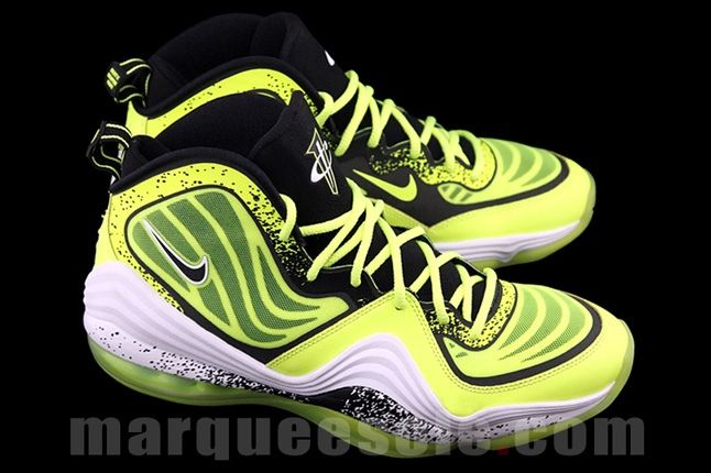 Nike Air Penny V Volt Hero 1