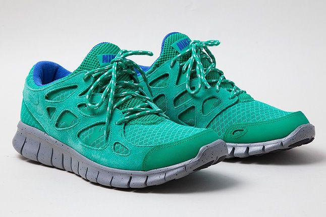 Free Run2 Green Grey Speckled Midsole 1 1