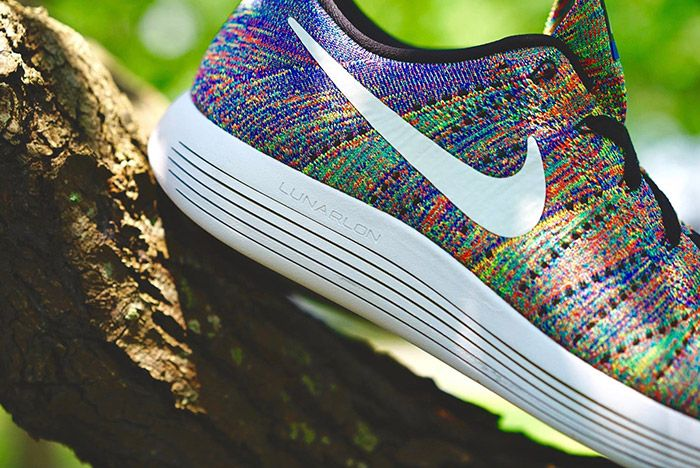 Nike Lunarepic Low Flyknit Rainbow 1