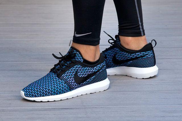 Nike Sportswear Roshe Flyknit 6