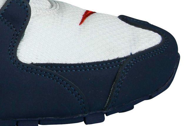 Nike Shox Nz Toe Detail 1