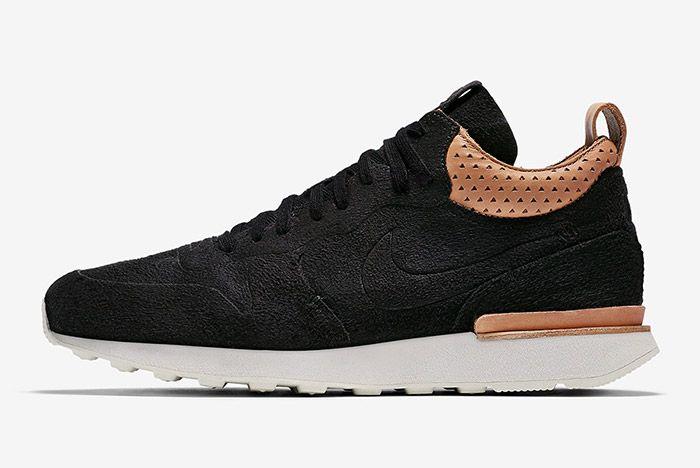 Nike Internationalist Mid Royal Black 3