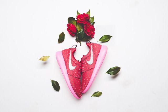 Nike Roshe Run Print Red Metallic Silver 4