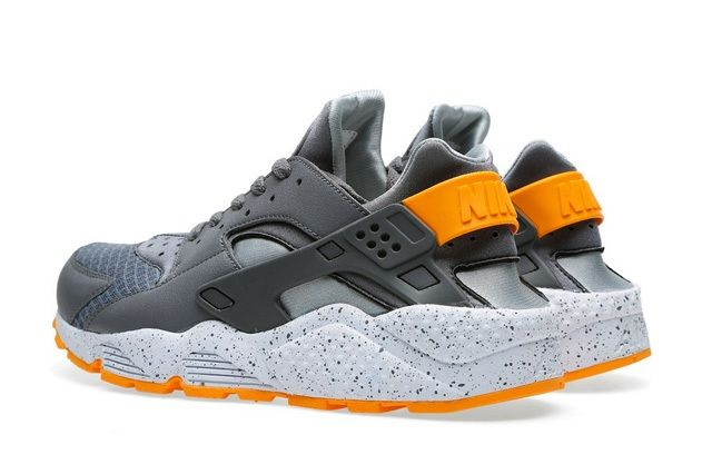 Nike Air Huarache Cool Grey Atomic Mango 5