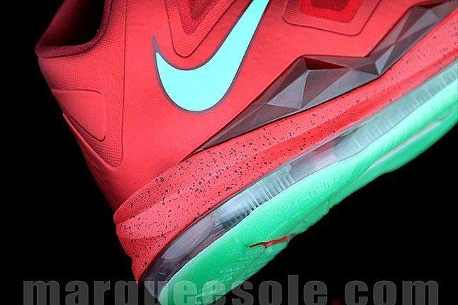 Lebron James Nike Sneaker 2