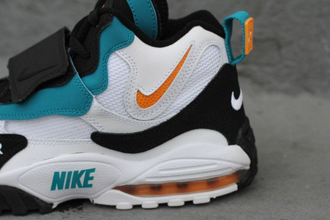Nike Max Speed Turf 1