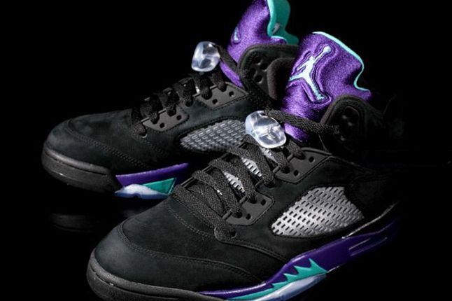 Air Jordan 5 Aqua Pair Angle 1