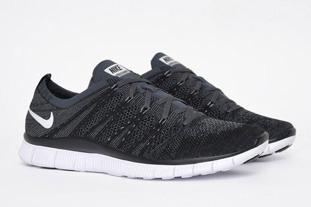 Nike Free Flyknit Oreo 3