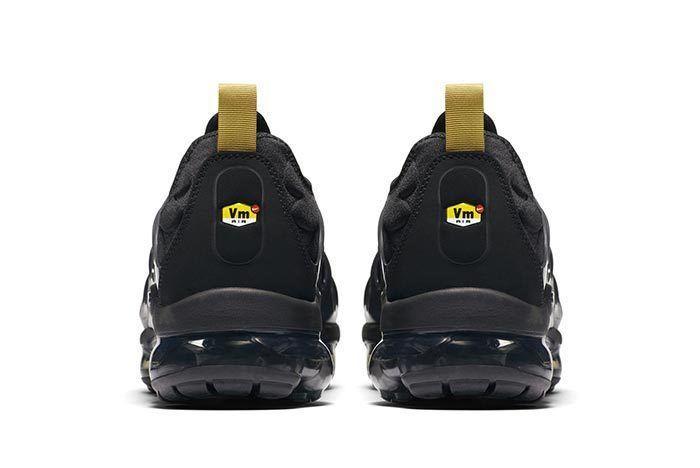 Nike Vapormax Plus Black Gold 4