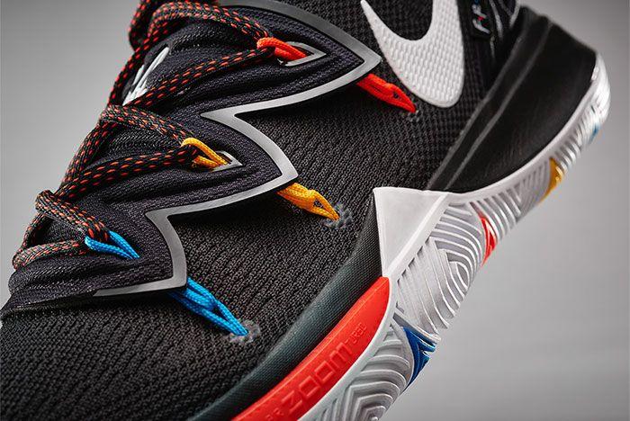 Nike Kyrie 5 Friends Close