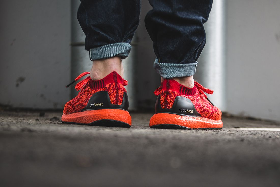 Adidas Ultraboost Uncaged Triple Red5