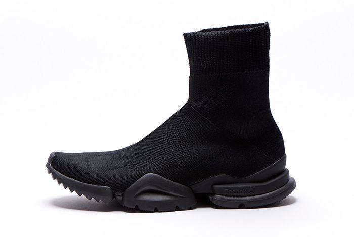 Reebok Sock Run R 96 Triple Black 1