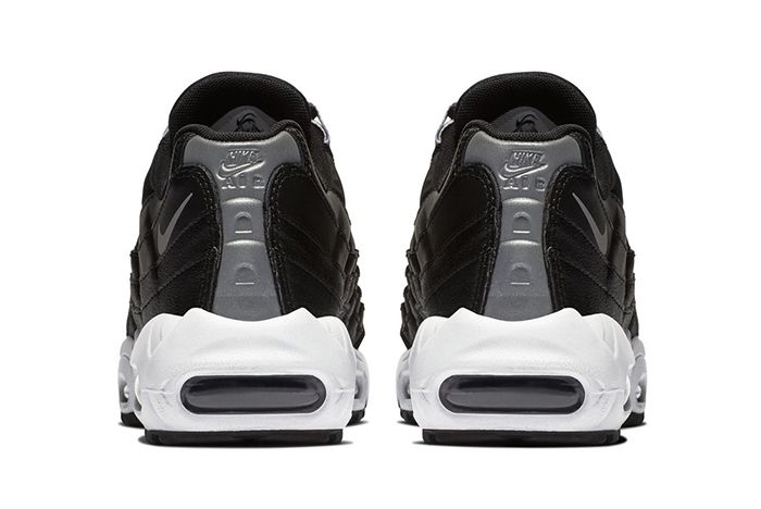Nike Air Max 95 Black Reflect Silver 3