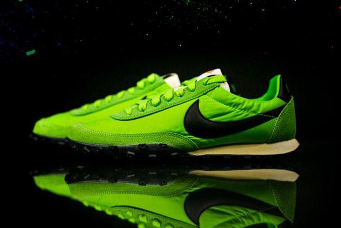 Nike Waffle Racer Premium 17 Action Green 4