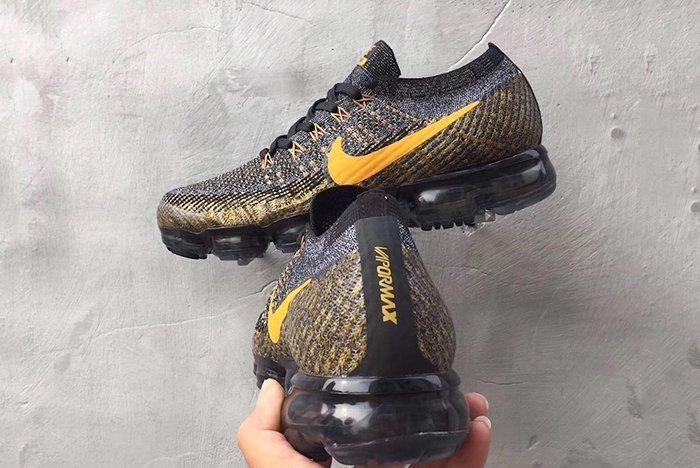 Nike Air Vapormax Yellow Swoosh 6