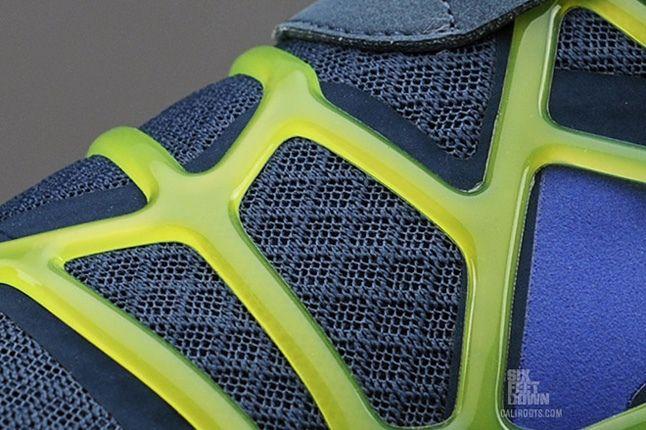Nike Free Alt Closure Run Sqdrnbl Hypbl Cybr Midfoot Detail 1