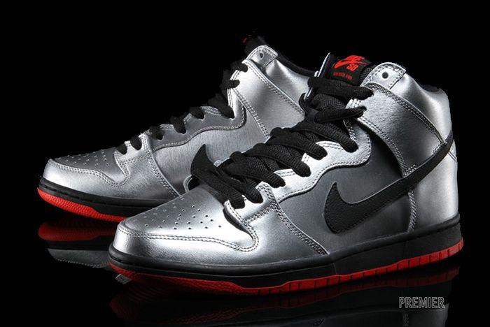 Nike Sb Dunk High Metallic Silver2
