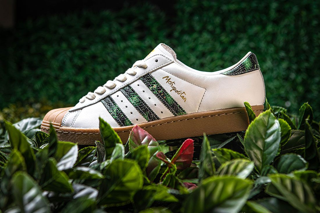 Adidas Skateboarding Metropolitan Superstar Left