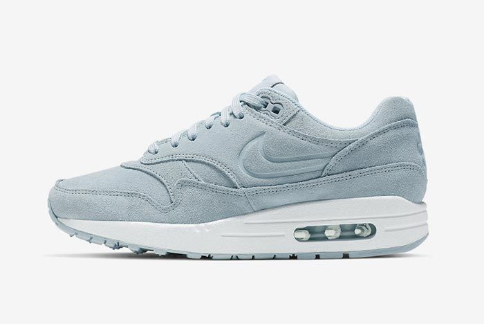 Nike Air Max 1 Turquoise Suede Lateral