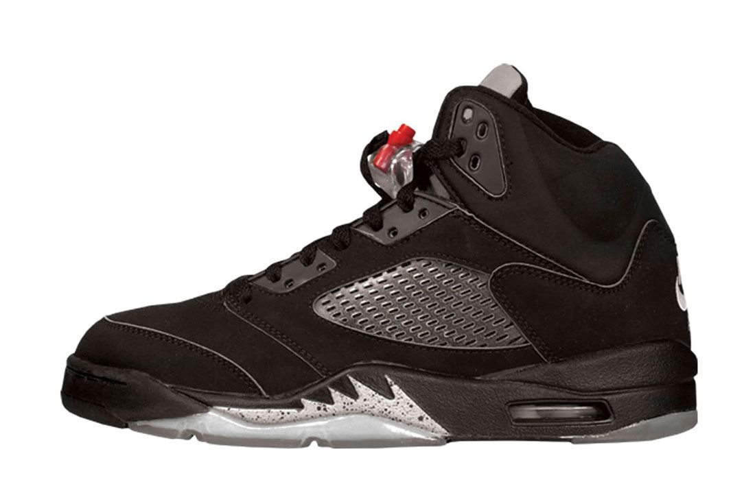 2000 Air Jordan 5 Metallic Lateral Side Shot