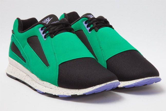 Nike Air Current Green Quarter 1