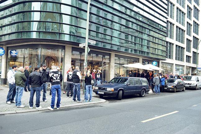 Adidas Originals Berlin Flea Market 10 1