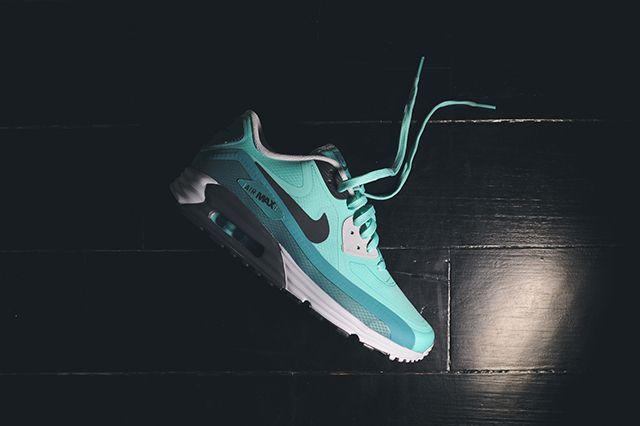 Nike Air Max Water Resistant Pack 4