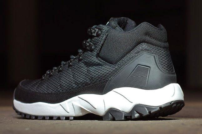 Adidas Torsion Trail Nightblk Heel Profile