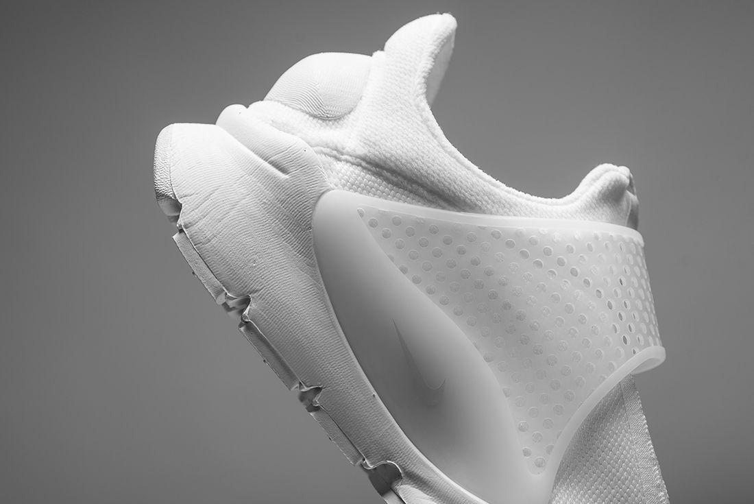 Nike Sock Dart Triple White 6