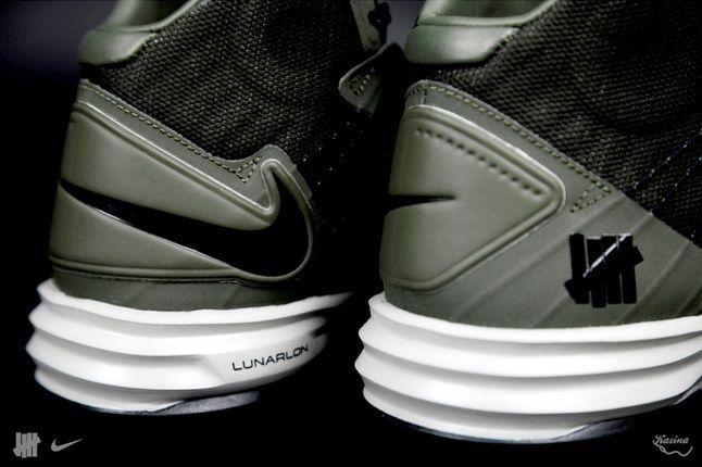 Undefeated Nike Bringbackpack Hyperdunk Heel Detail 1