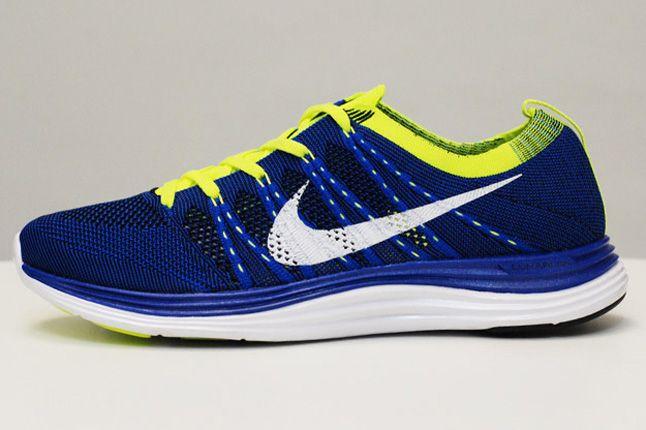 Nike Lunar One Blue Volt Side 1
