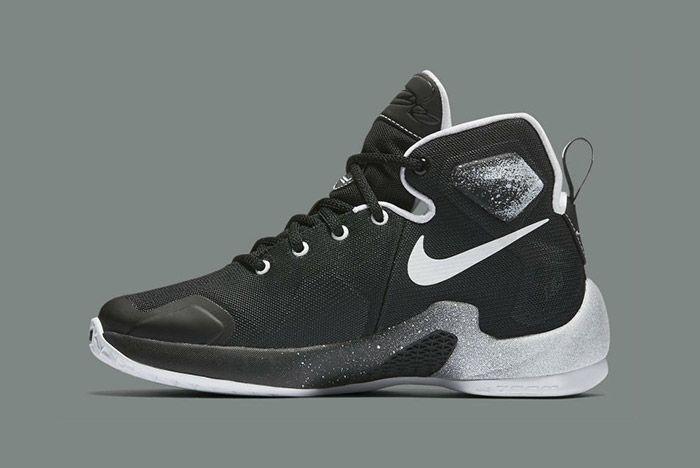 Nike Lebron Comic Book Hero Gs Black White 5
