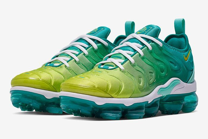 Nike Vapormax Plus Lemon Lime Ci9900 300 Three Quarter Front Shot