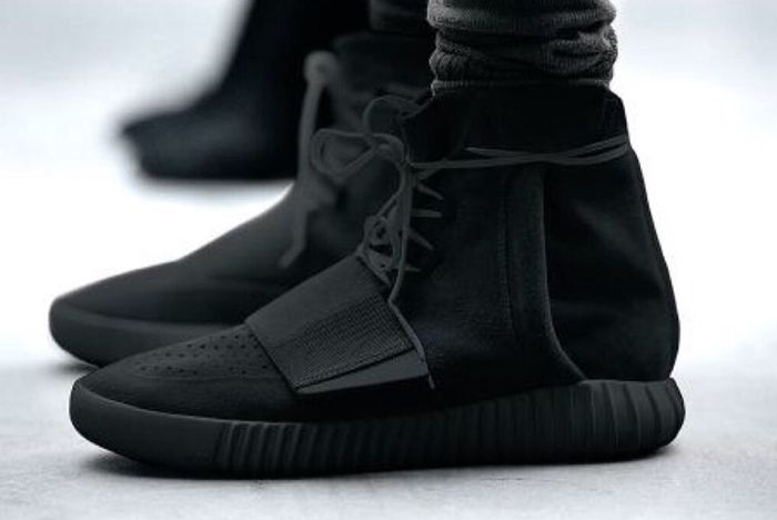 Adidas Yeezy 750 Boost Pirate Black